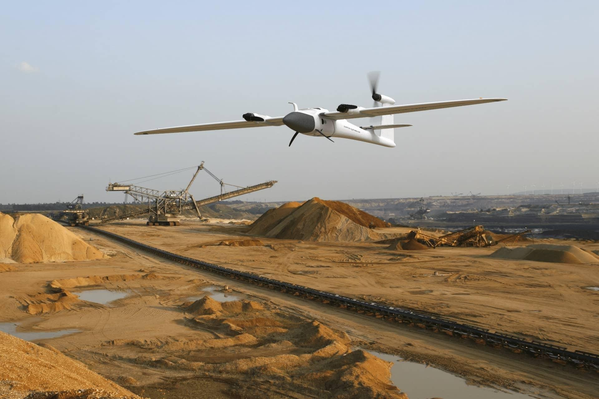 Mine survolée par drone Trinity f90+