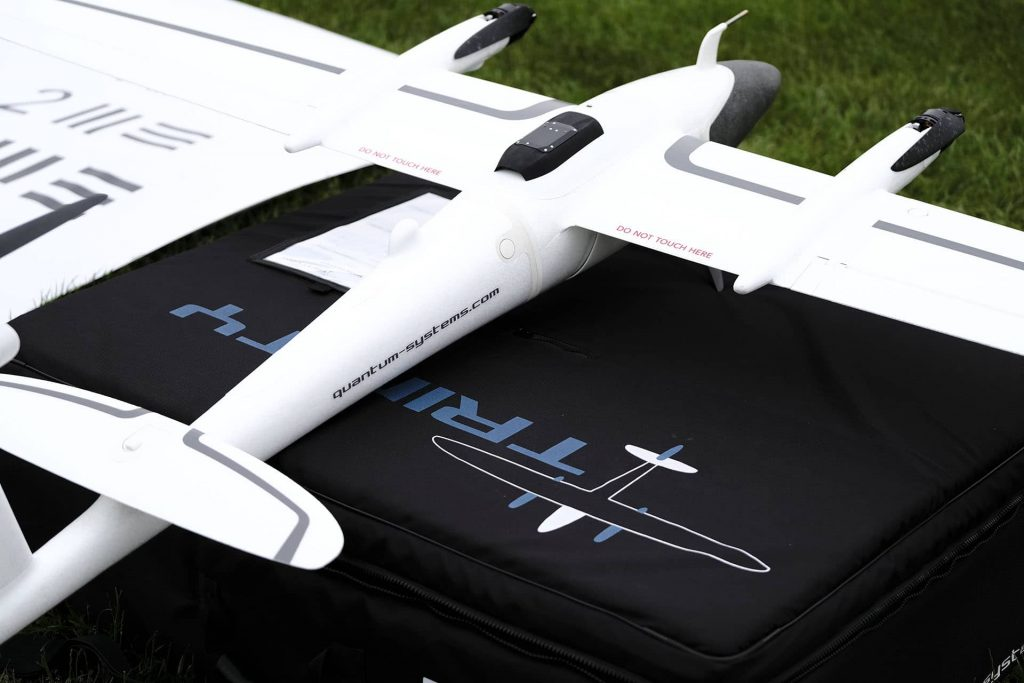 Mine survolée par drone Trinity f90+ blanc